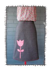 kj 10 002 skirt tulip.jpg